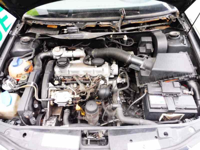 Engine Control Unit Ecu Audi A3 8l1 19 Tdi B Parts