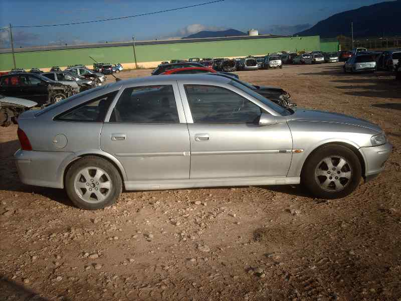 vectra manual hatchback