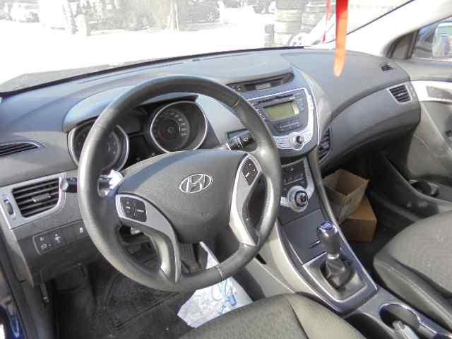 hyundai elantra with manual transmission