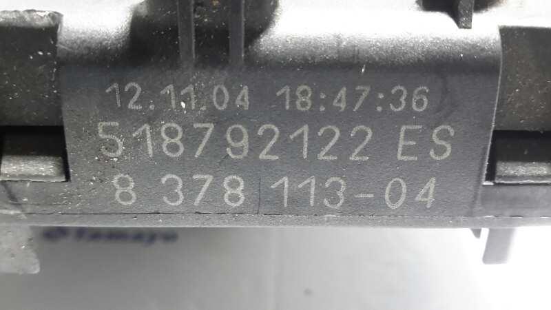 fuse box 518792122es bmw, z4 roadster (e85) 2 5 i(2 doors)