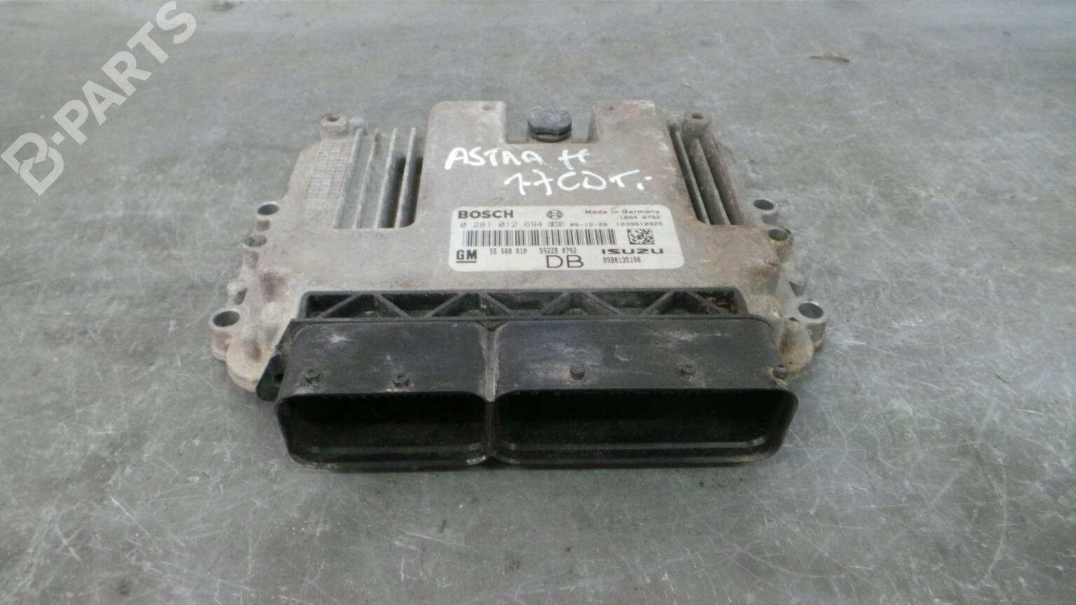 Engine Control Unit Ecu Opel Astra H A04 17 Cdti L48 58916 Water In Fuse Box 0281012694 8980135190