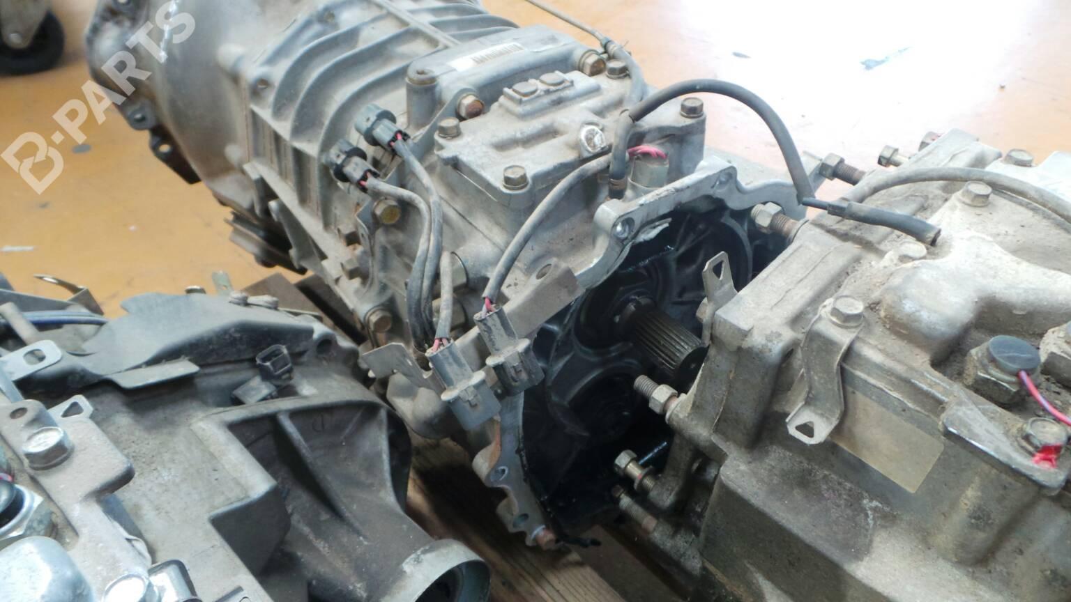 manual gearbox mitsubishi pajero iii v7 w v6 w 3 2 di d 27778 rh b parts com Mitsubishi Outlander Mitsubishi Outlander
