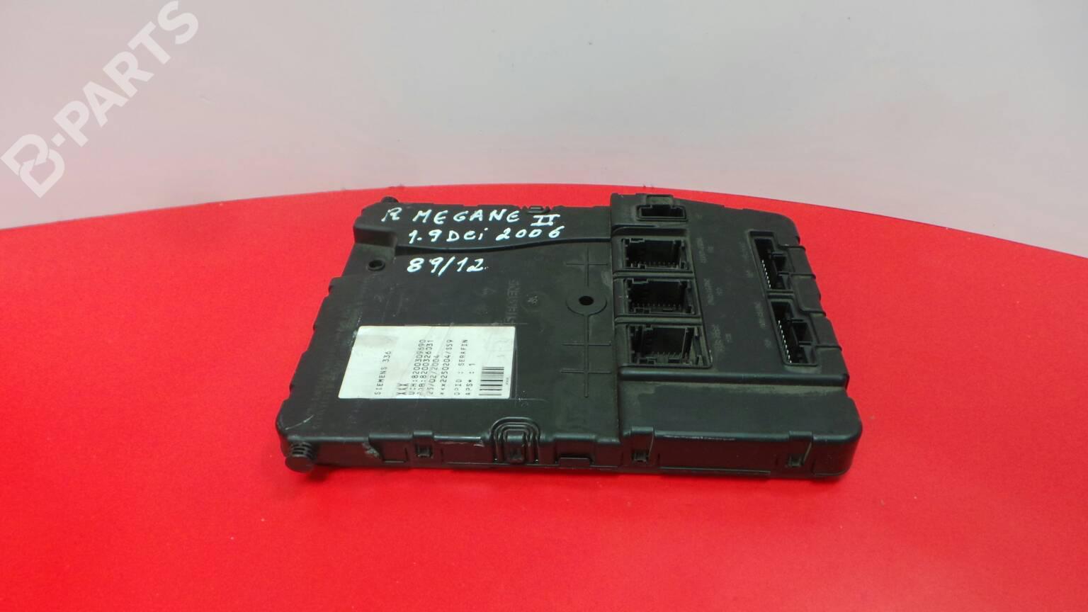 Fuse Box Renault Megane Ii Bm0 1 Cm0 19 Dci Bm0g Cm0g 1293671 Parts 8200309690 8200326031