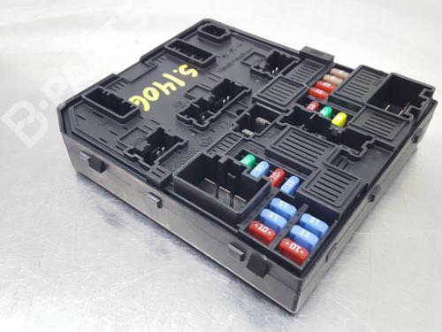 284b69501r fuse box kadjar (ha_, hl_) 1 2 tce 130 (130 hp)