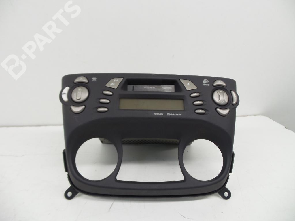 Radio Nissan Almera Ii N16 15 230590 Fuse Box 28113bn302 Pn1629m Cl039510058963 155
