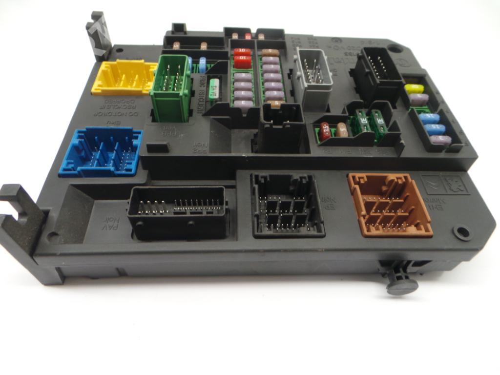 ... Fuse Box 180121004G / A2C53388165 PEUGEOT, 508 I (8D_) 1.6 HDi(4 ...