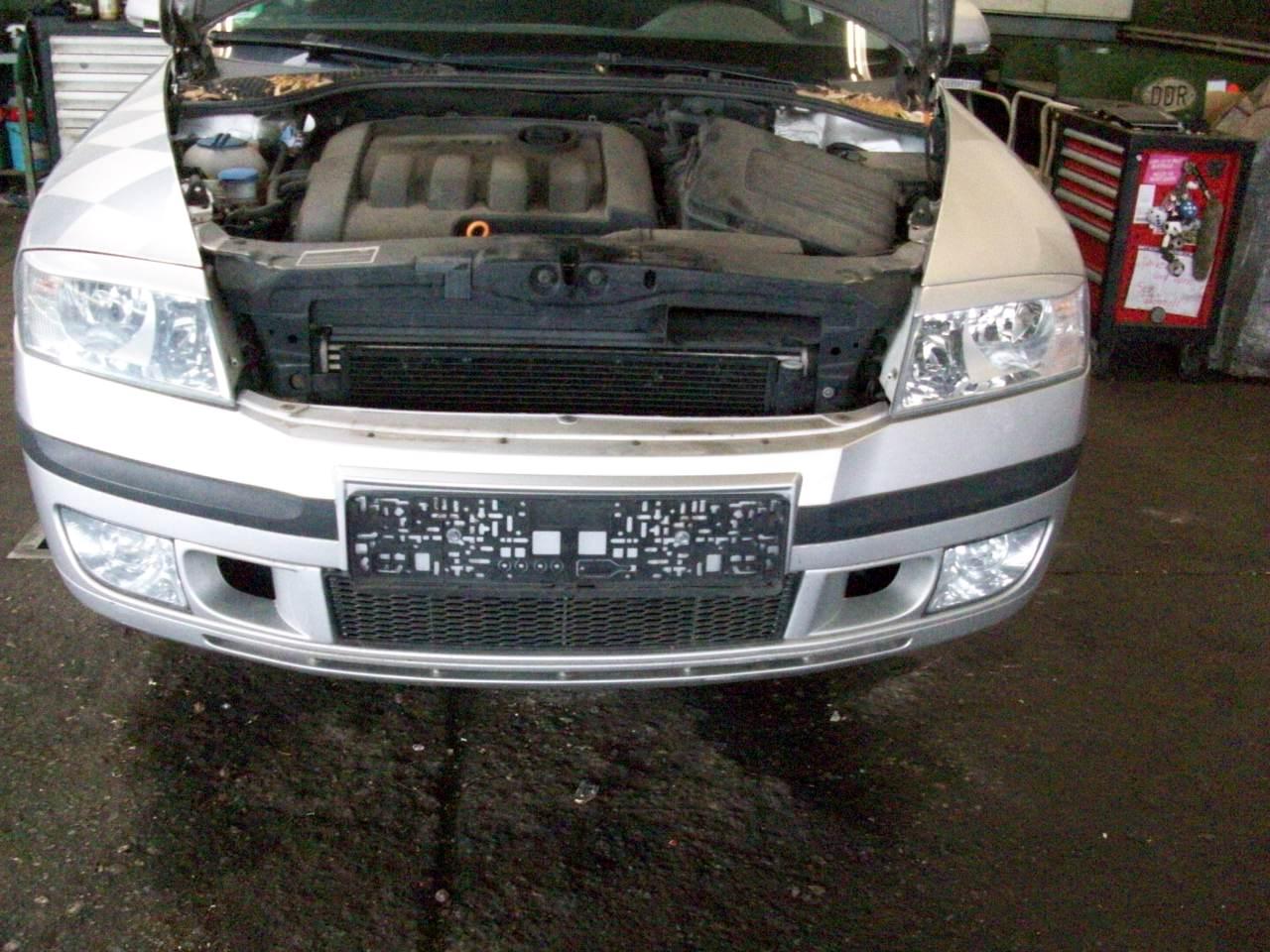 Front Bumper Skoda Octavia Ii Combi 1z5 19 Tdi 1661579 Superb Fuse Box 1z0807221
