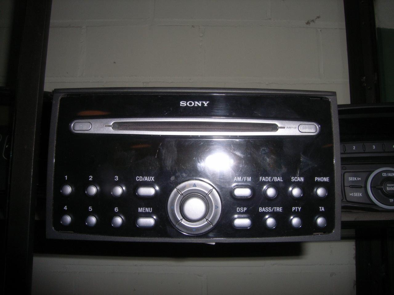 ford focus 2004 radio