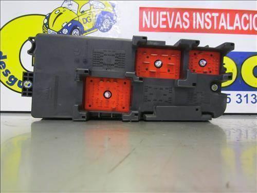 Fuse Box Fuse Box Vectra C on