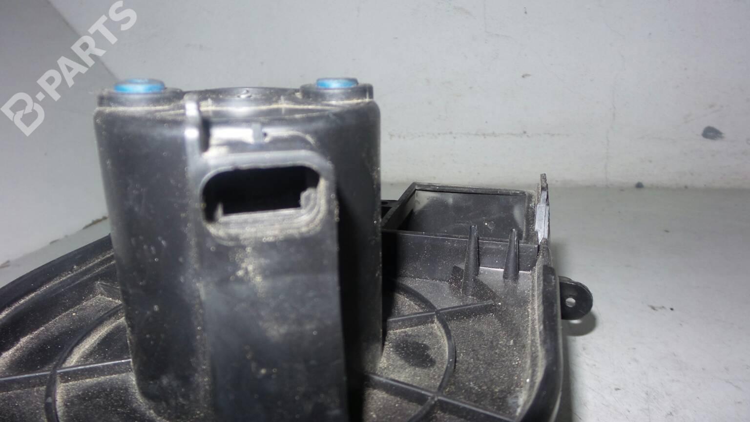 Heater Blower Motor Renault Clio Ii Bb Cb 131967 Fuse Box 5d02 20300 1998