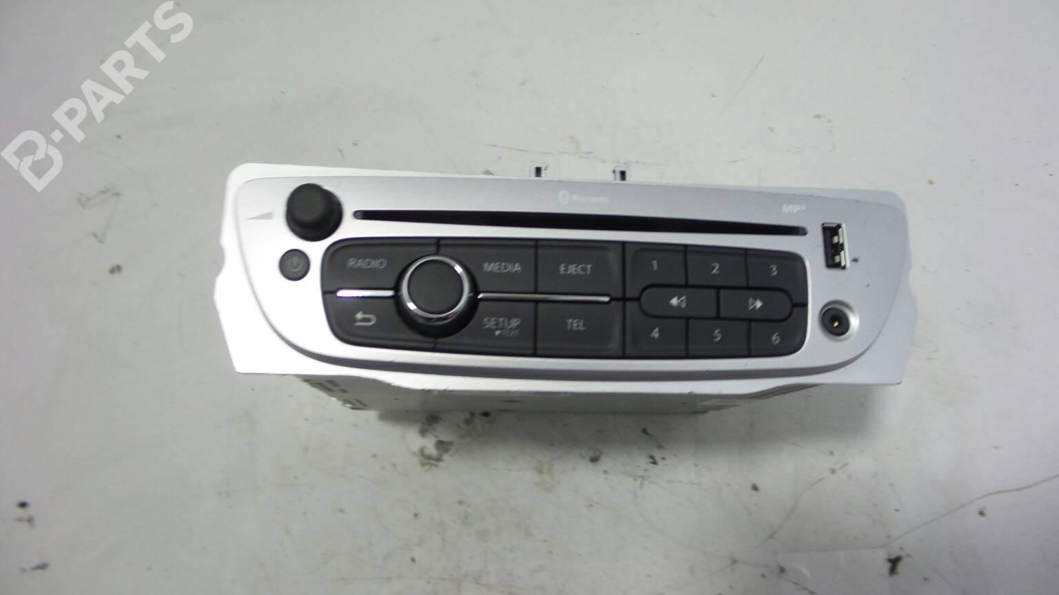 Radio Renault Megane Iii Grandtour Kz0 1 15 Dci Kz09 Kz0d Kz1g Fuse Box Parts 2811 580 23r