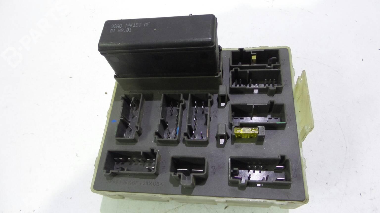 Fuse Box Ford Focus Daw Dbw 16 16v 1142896 2002 Se 9sag 14 A0736h