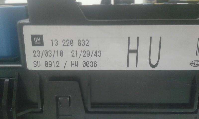 fuse box  13220832hu opel   opel, astra h twintop (a04)