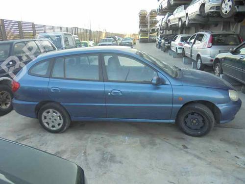 kia rio 2002 station wagon