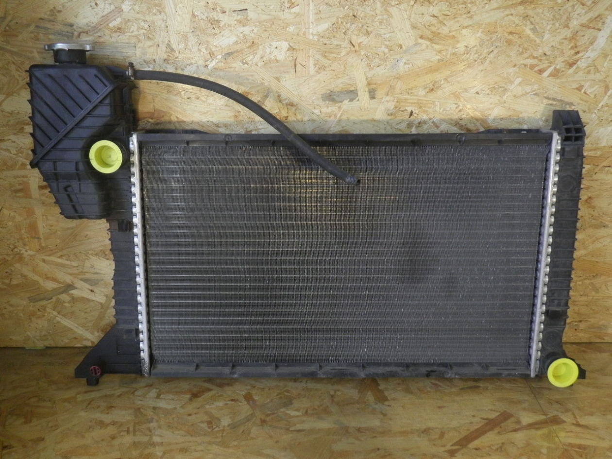 AUTOMATIC RADIATOR 1995 TO 2006 MERCEDES SPRINTER 2-T 3-T 4-T DIESEL MANUAL
