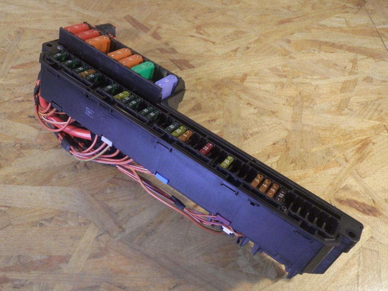 fuse box 61146957330|bmw| bmw, 5 touring (e61) 520 d(
