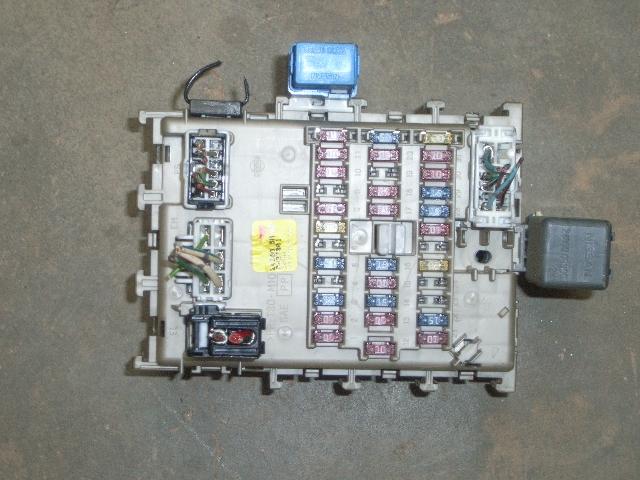Fuse Box NISSAN ALMERA II Hatchback (N16) 1.5   B-Parts Nissan Almera Fuse Box on nissan control module, nissan fuse boxes, nissan ignition lock, nissan pickup bed, nissan main fuse, nissan pickup coil, nissan iac valve, nissan temp sensor, nissan hood latch, nissan fuel cap, nissan safety relay, nissan frontier fuses and relays, nissan gas cap, nissan a/c relay, nissan altima 2005 fuse list, nissan frontier fuse panel, nissan brake line, nissan tie rod, nissan flywheel, nissan air cleaner,