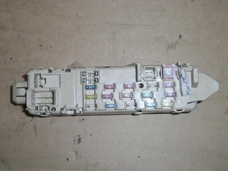 fuse box 71160314|| mazda, 626 v hatchback (gf) 2 0(4