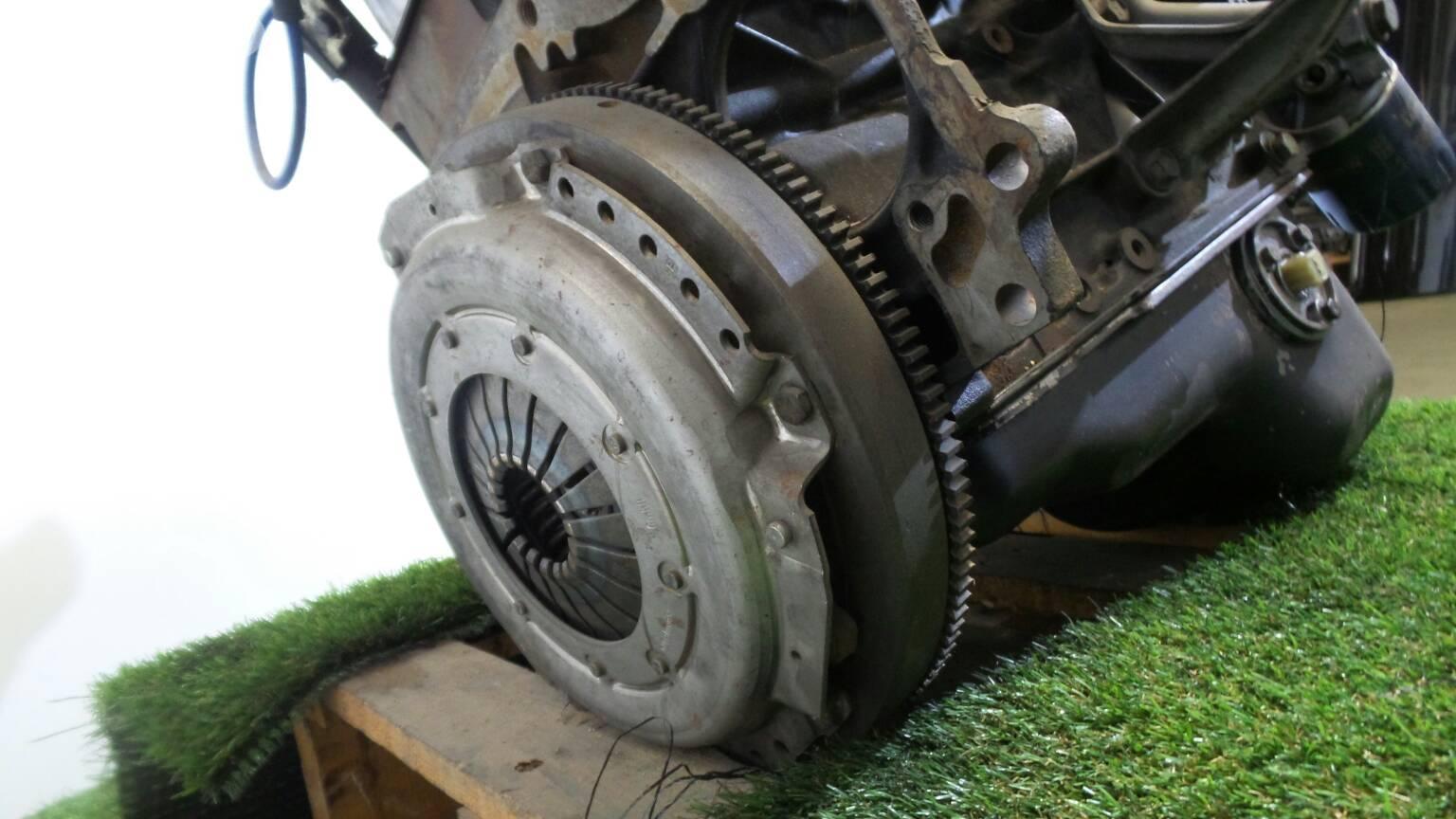 Engine Opel Omega A V87 20 F19 M19 N19 80696 Fuse Box Complete