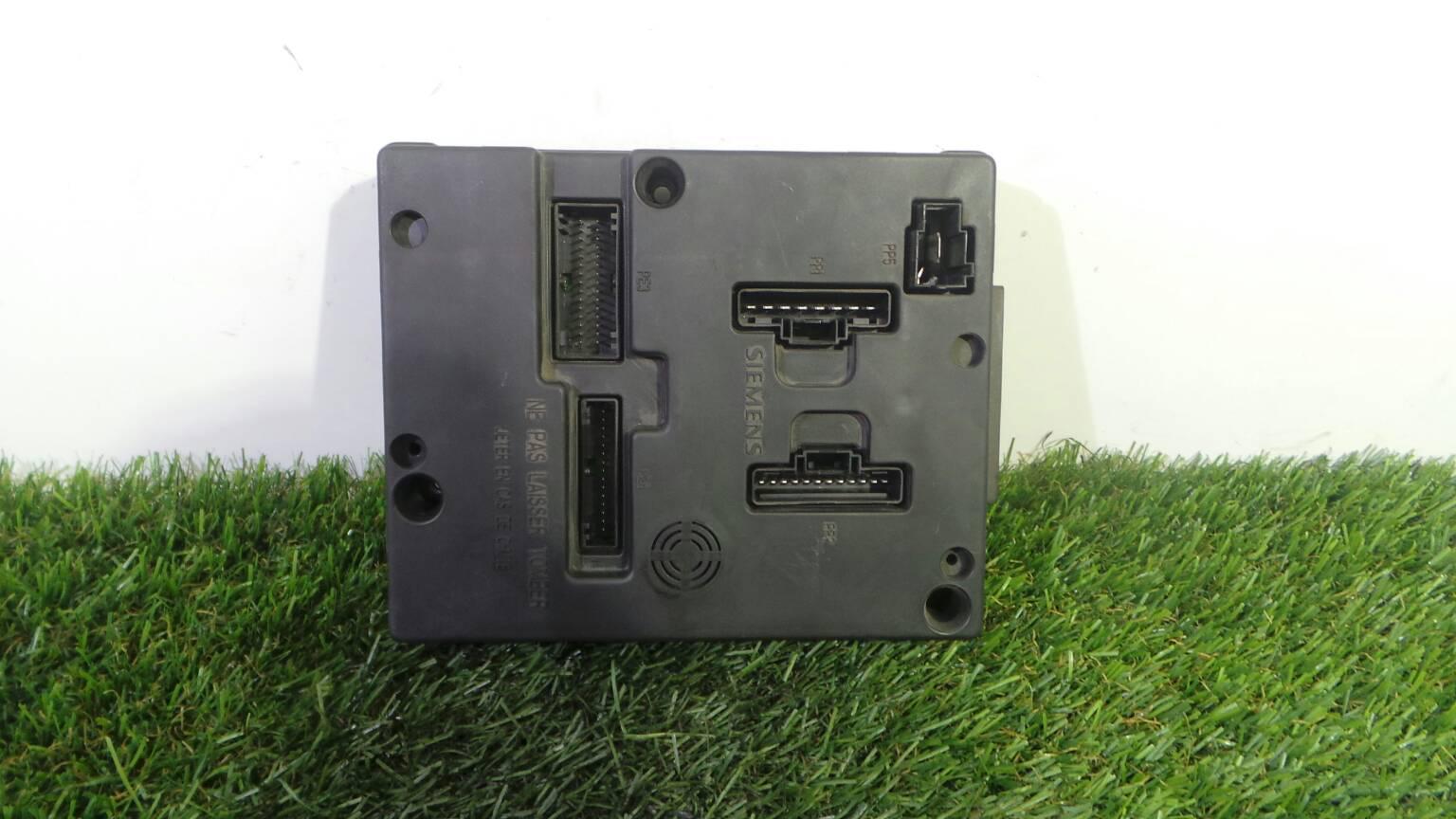 Fuse Box 8200029340B RENAULT, MEGANE I (BA0/1_) 1.9 dTi (BA1U
