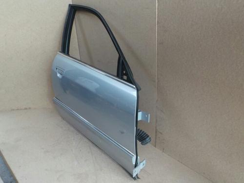 Porte avant droite  AUDI, A8 (4D2, 4D8) (5 Portes), 1994-1995-1996-1997-1998-1999-2000-2001-2002 1365